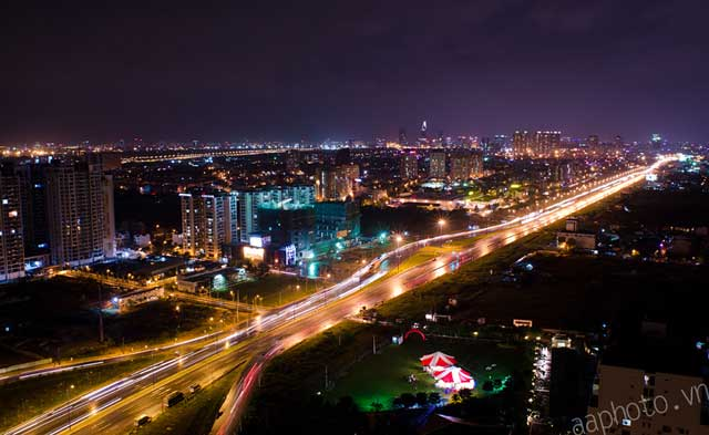 View Xa lộ hà Nội từ Căn hộ Saigon Gateway
