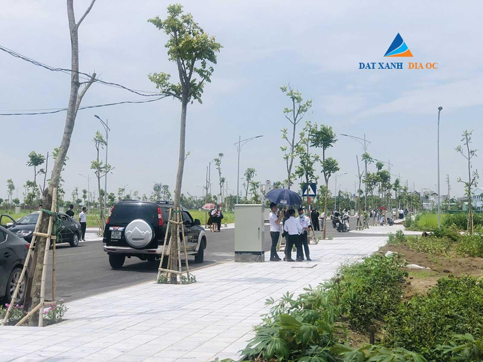 Khách hàng tham quan sự kiện mở bán tại dự án Tiền Hải Center City